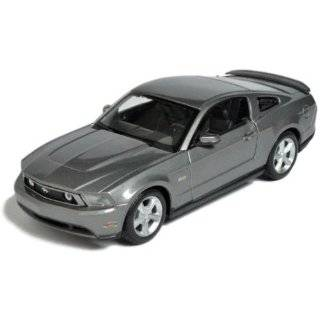 Maisto Die Cast 124 Scale Red AL 2006 Ford Mustang GT