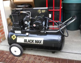 Sanborn Black Max 5 HP Air Compressor Excellent