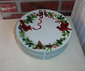 "Royal Norfolk Holiday Dinner Plates "" Red Cardinals "" 8 Piece Set"