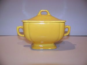 Vintage Art Deco Homer Laughlin Fiesta Ware Riviera Sugar Bowl Yellow with Lid