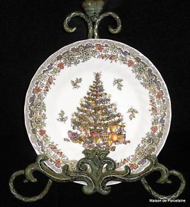 8 Queen's Myott Seasons Greeting Holiday Christmas Tree Holly Salad Plates