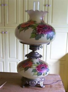 Vintage Victorian Style GWTW Table Lamp Hand Painted Glass Shade Base
