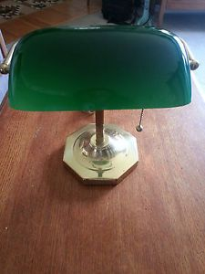 Vtg Excelsior Classic Bankers Desk Lamp Green Glass Shade Brass Base Piano