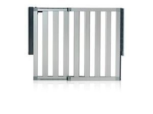 Munchkin Loft Aluminum Security Safety Gate Baby Infant Toddler Pet New