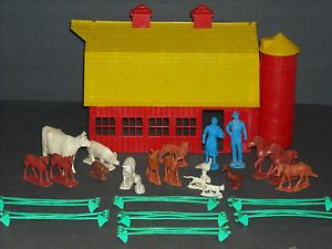 Vintage Toy Auburn Rubber Farm Barn Horse Dog Cats Livestock Animals Farmer Lot
