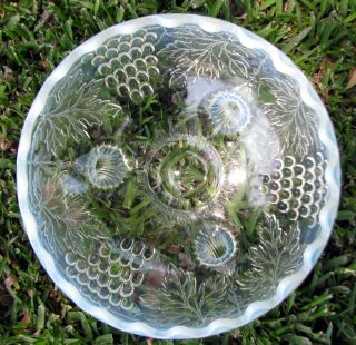 Very Scarce Northwood Opalescent Grape Cable Glass Centerpiece Bowl Circa 1908