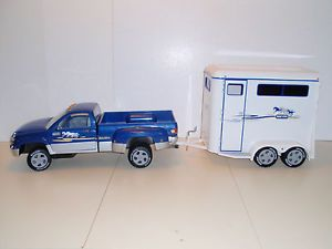 Breyer Traditional Size Dually Pickup Truck and Two Horse Trailer Blue Silver