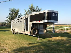 Cm Aluminum Horse Stock Trailer 2011 w Air