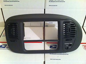 1997 02 F150 Ford Expedition Radio Climate Trim Bezel Dash Gray Surround Panel