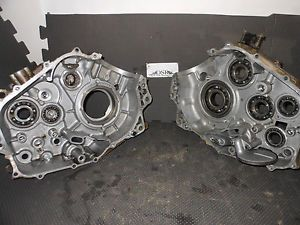 Yamaha Raptor 660 Cases Both Halves YFM 660R Motor Engine