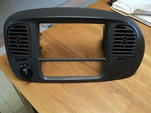 97 98 99 00 01 02 Ford F150 F250 Expedition Radio Dash Trim Bezel Gray Color