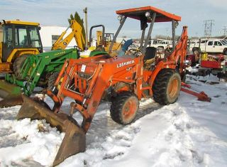 Kubota L35 Backhoe Loader Dozer Tractor 35 HP Case John Deere Massey New Holland