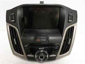 2012 Ford Focus CD Player Radio w Bezel LKQ