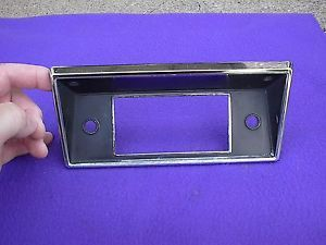 1968 72 Ford Truck F 100 F 150 F 250 Very Nice Original Chrome Radio Dash Bezel