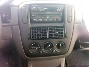 2004 04 Ford Explorer XLS Center Radio Trim Bezel w AC Vents