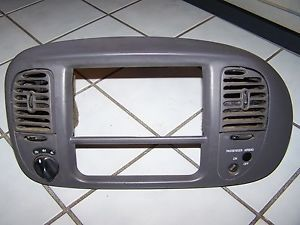 97 98 99 00 02 03 Ford F150 Expedition 4X4CENTER Dash Radio Bezel Trim Gray