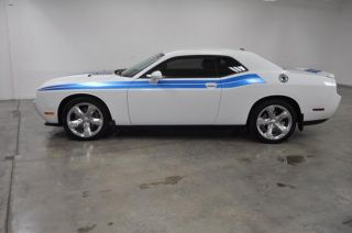 2012 White Heated Leather Auto AC Cruise Traction Control Aux Beautiful Car