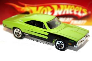 Hot Wheels '69 Dodge Charger Mopar Mania Exclusive