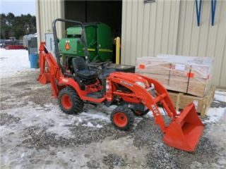 Kubota BX24 4x4 Tractor Loader Backhoe Hydrostatic Very Nice Runs Great