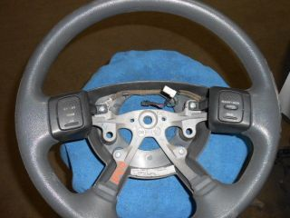 06 Dodge RAM 1500 Pickup Steering Wheel 313701