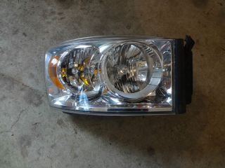 Mopar 68003124AA Headlight Assembly Passenger Side Rightdodge RAM 1500