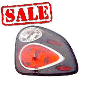 2000 2003 Toyota Tundra altezza Euro Style Tail Lights Lamps