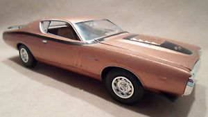 1971 Dodge Charger RT 440 Built Painted Gold Model Slot Car Body Part 1 24 Kit