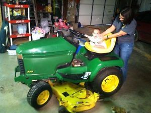John Deere 345 Lawn Tractor Riding Mower X345