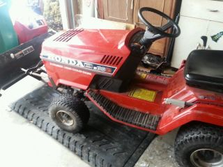Honda HT 3813 Riding Lawn Mower Tractor Snowplow not John Deere Craftsmen Case