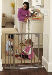 North States Self Closing Pressure Mount Easy Close Dog Pet Child Gate 4915