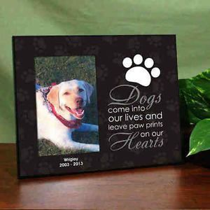 Memorial Family Pet Dogs Leave Paw Prints on Hearts Personalized Picture Frame