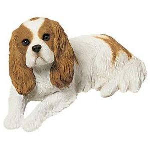 ADORABLE CAVALIER KING CHARLES SPANIEL DOG STATUE SMALL FIGURINE SCULPTURE