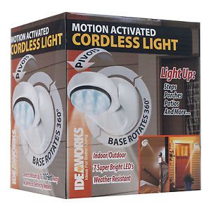 Motion Activated Cordless Light 7 LED Steps Porches Decks Patios Pathway Stairs