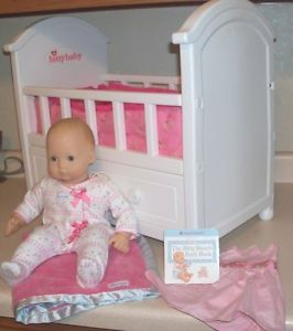 Lot American Girl Bitty Baby Doll Crib with Drawer Bedding Clothes Blanket