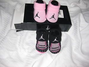 Jordan Newborn Infant Baby Girl Booties Socks Crib Shoes 0 6M Gift Set Blk Pink