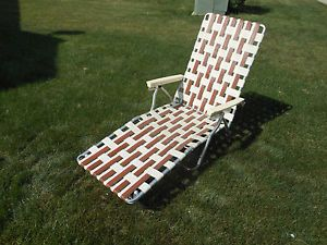 Vintage Folding Aluminum Webbed Chaise Lounge Patio Garden Lawn Chair