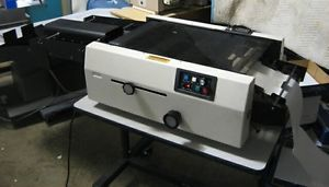 Pitney Bowes 4552 Continuous Forms Table Top Burster