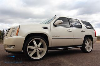 Gorgeous Pearl White Rims 1 Owner Escalade Navi DVD Nicer Than Hummer H2 ESV Ext