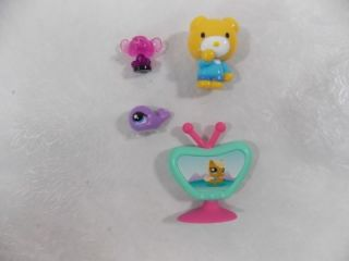 Huge Lot Littlest Pet Shop LPS 200 Pets Accessories Playsets