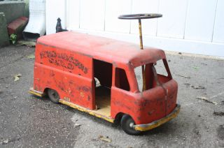 Vintage C 1950s Ride on Fire Rescue Squad Metal Truck Toy 4 Kids NR Cool