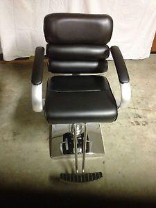 Black Modern Fashion Classic Hydraulic Barber Chair Styling Salon Beauty Strong