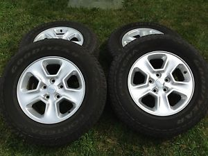 2014 Jeep Grand Cherokee OEM Tires Wheels