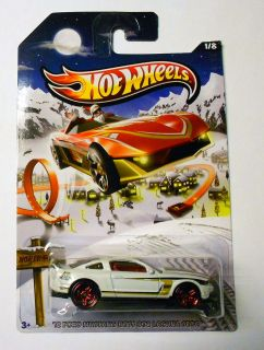 Hot Wheels 2013 Holiday Hot Rods 1 '12 Ford Mustang Boss 302 Laguna Seca