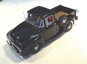 "1956 Ford F100 Half Ton Pickup Truck ""Black Tires"" 1 24 Scale Danbury Mint"