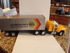 "1970's Nylint Napa Automotive Parts Tractor Trailer Truck 28"" 1 16"