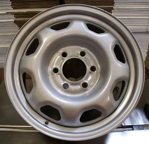 3857 Ford Truck Wheel F 150 Expedition Take Off Wheel 6 Lug Steel