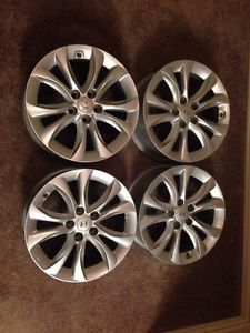 2013 Hyundai Genesis Sedan Wheels 17 Inch