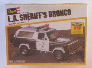 L A Sheriff's Ford Bronco 4x4 Truck 1 25 Revell SEALED Vtg SUV