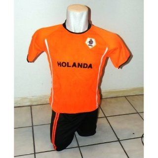 KIDS,CHILDRENS, BOYS & GIRLS NETHERLANDS HOLLAND SOCCER JERSEY KIDS SET SIZE 4 for ages 2 & 3 Sports & Outdoors