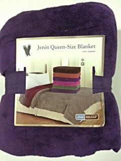 Queen Size Fleece Blanket Solid Purple Soft Plush Microfiber Throw Blankets   Super Plush Solid Purple Blanket